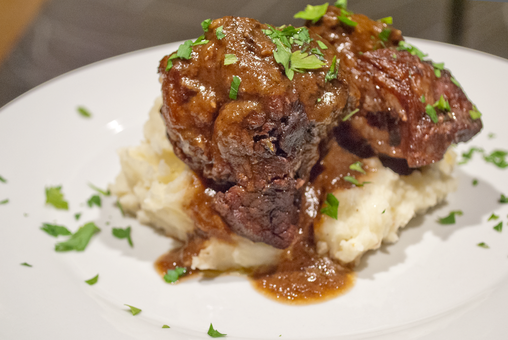 Burgundy-Braised Beef Short Ribs with Creamy Mashed Potatoes